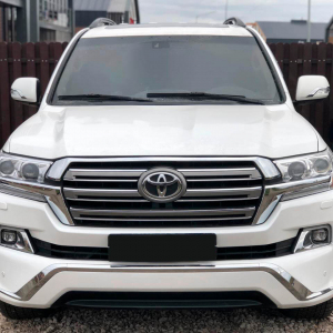 Toyota-Land-Cruiser-200-tuning-1.jpg