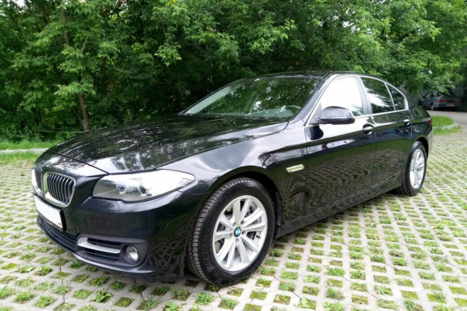 sanaevmoscow-bmw-520-black-1.jpeg