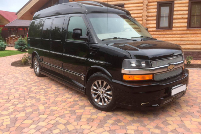 Chevrolet-Express-Limited-1.JPG