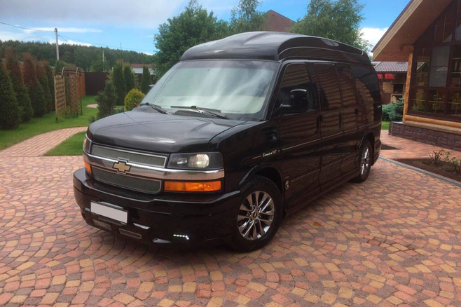 Chevrolet-Express-Limited-2.JPG