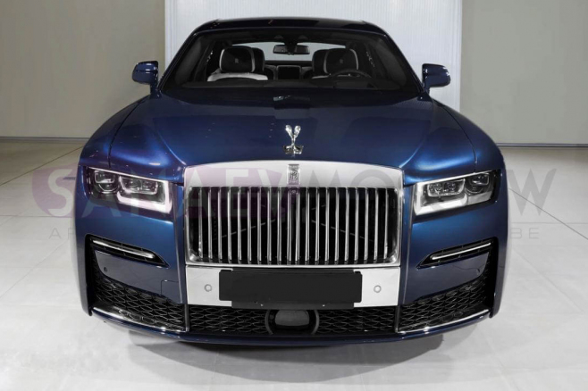 rolls-royce-ghost-2020-blue-02.jpg