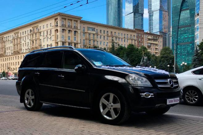 mercedes-benz-black-ml-moscow-8.jpg