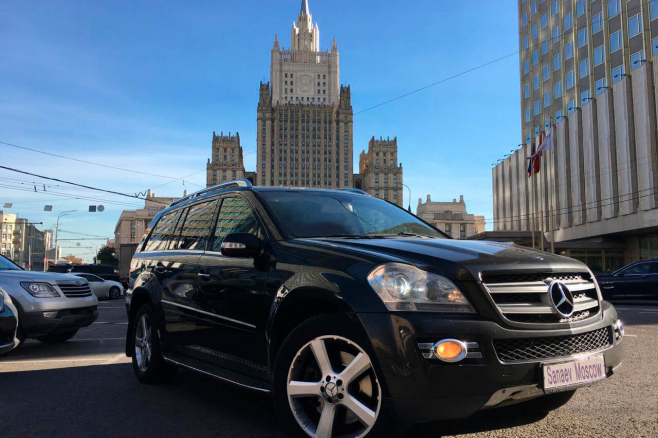 mercedes-benz-black-ml-moscow-1.jpg