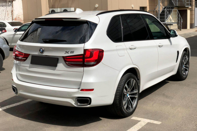bmw-x5-f15-for-rent-in-moscow-4.jpeg