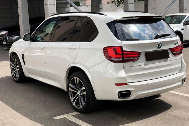 bmw-x5-f15-for-rent-in-moscow-5.jpeg