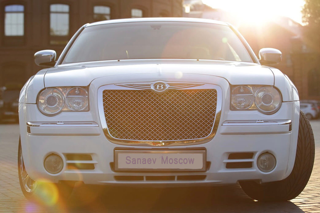 Chrysler-300c-sedan-sanaevmoscow-4.jpg